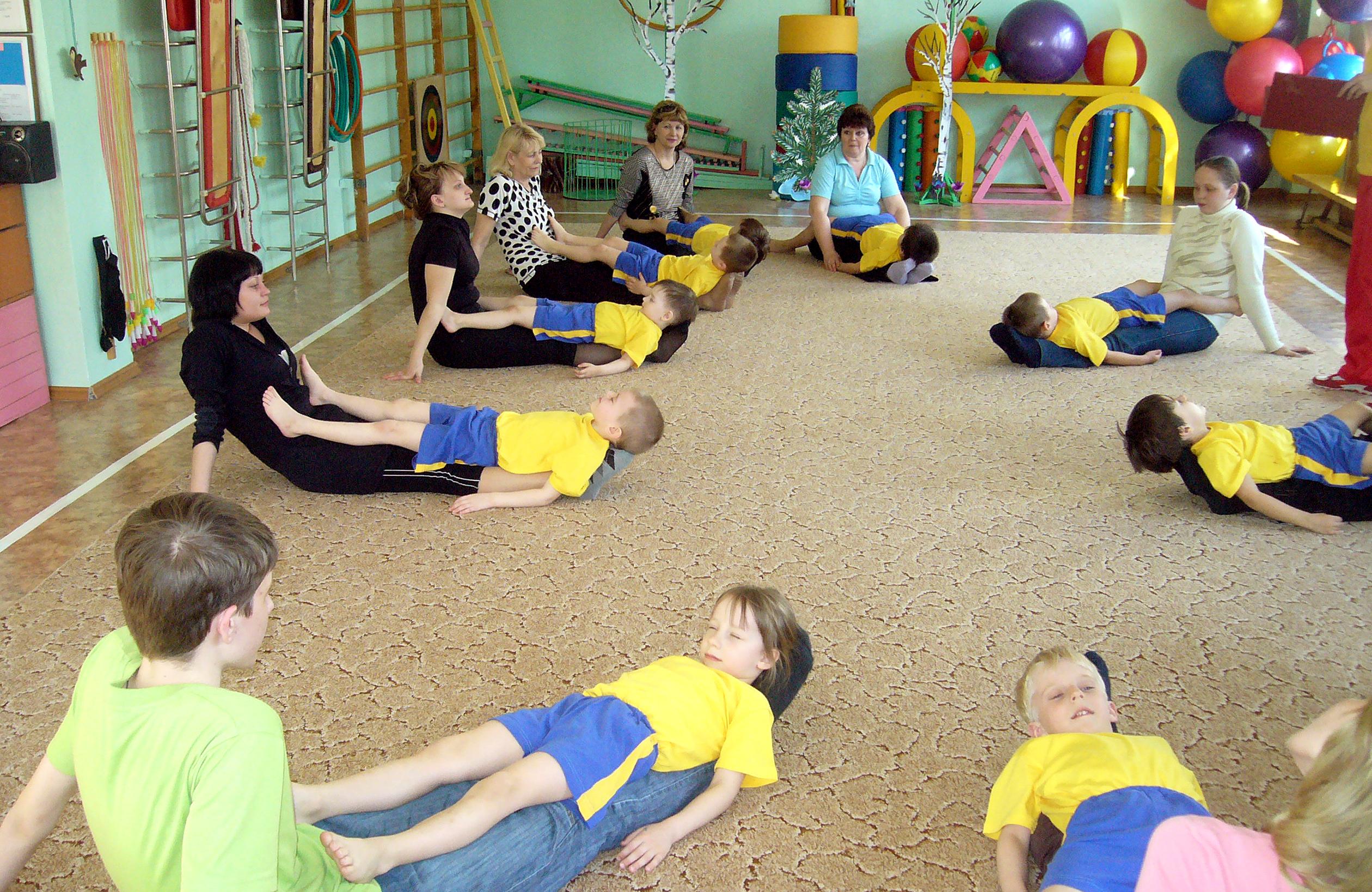 Детский сад спортивный праздник с родителями детский праздник 8марта